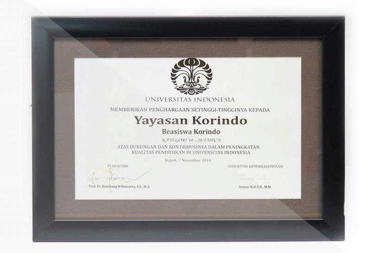 korindo-group-awards-2014-Scholarship-Award-from-the-University-of-Indonesia-2