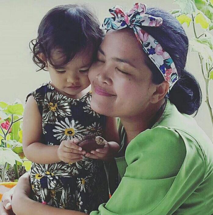 Kinata & Mom...