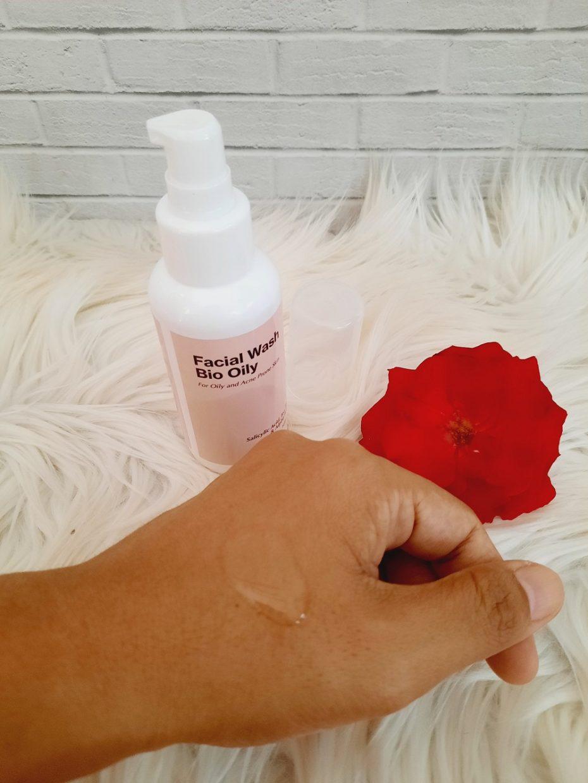 Tekstur Facial Wash Treecos